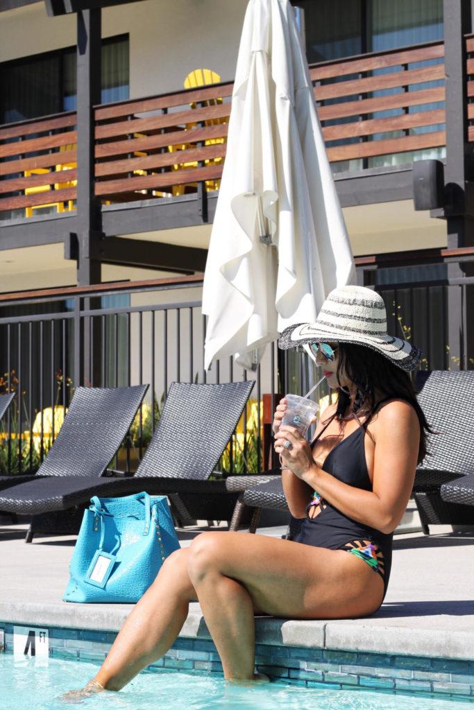 Debbie-Savage-Lakehouse-Hotel-And-Resort-12