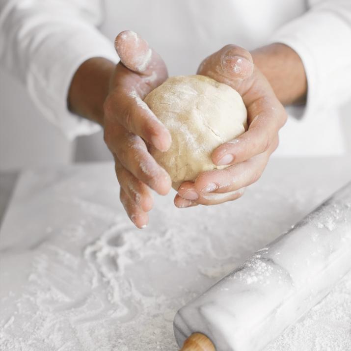 Debbie-Savage-Sur-La-Table-White-Marble-Pastry-Board-3
