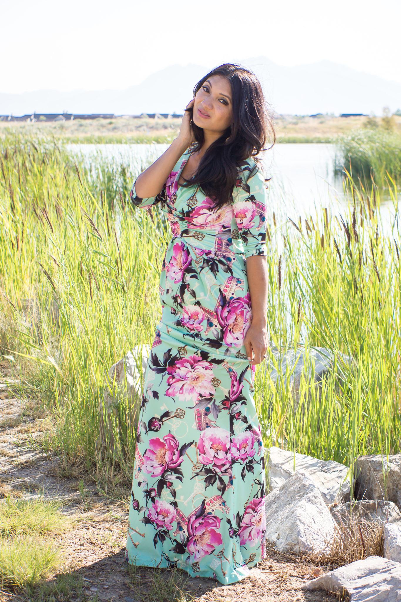 debbie-savage-big-floral-print-dress-3