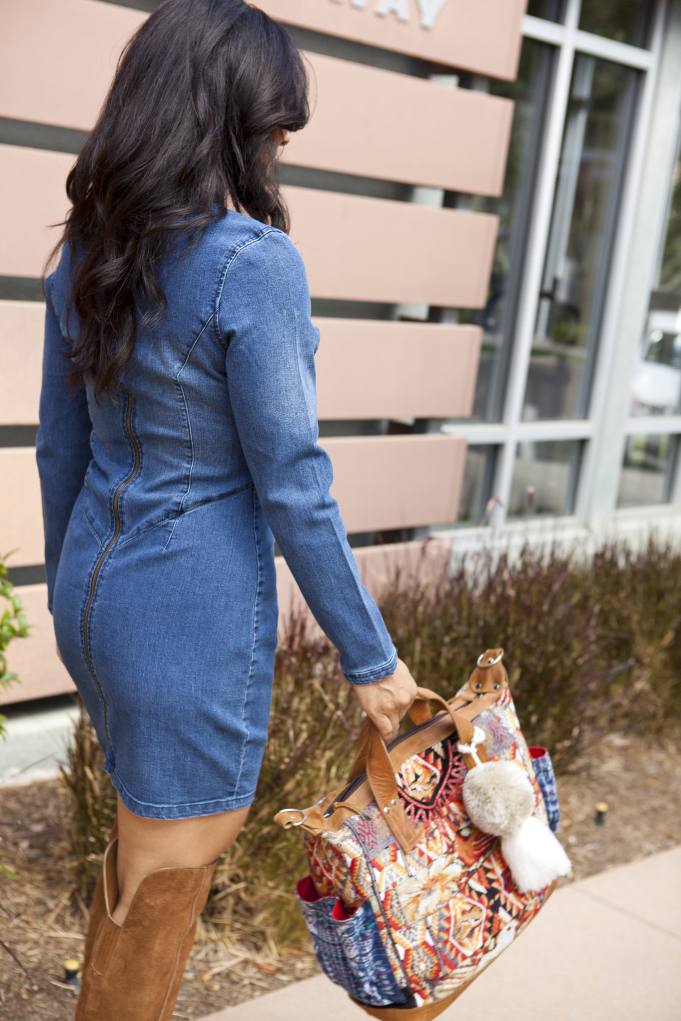 tothineownstylebetrue-denim-dress-style-3