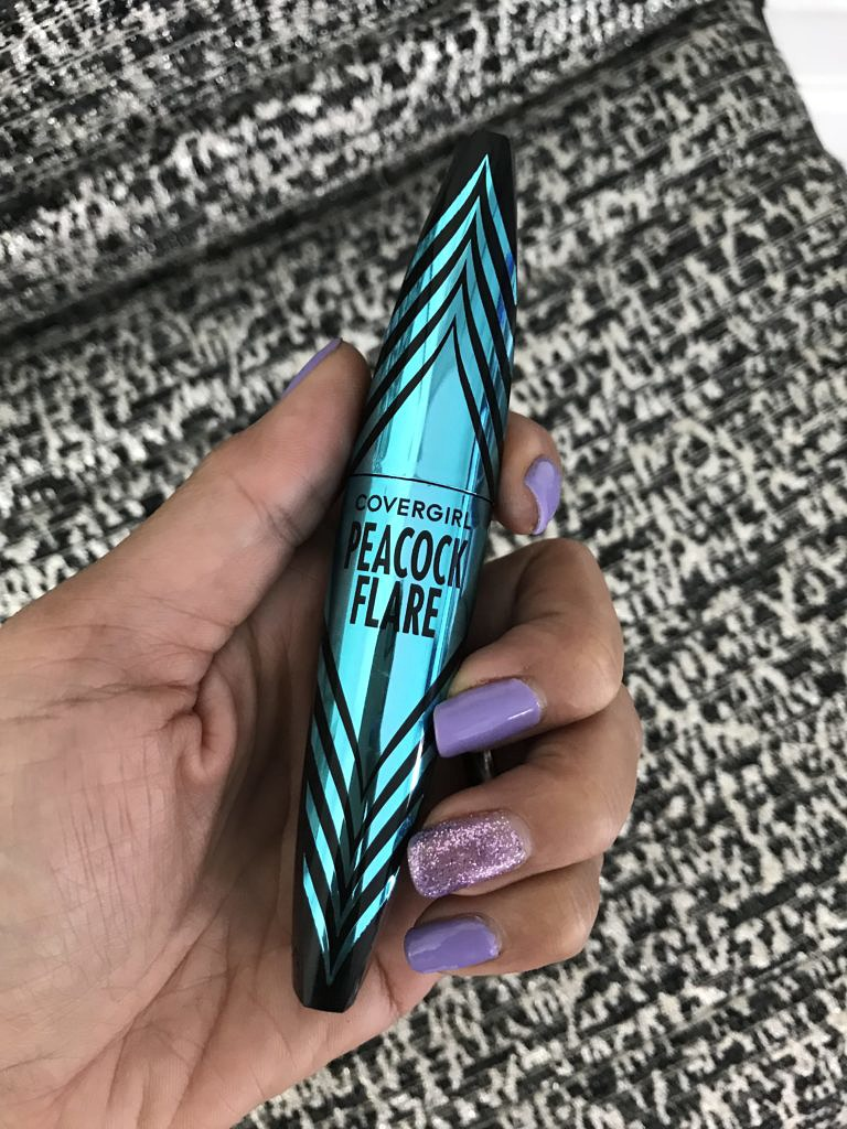 Fashion and Beauty Blog | COVERGIRL Peacock Flare Mascara | Debbie Savage
