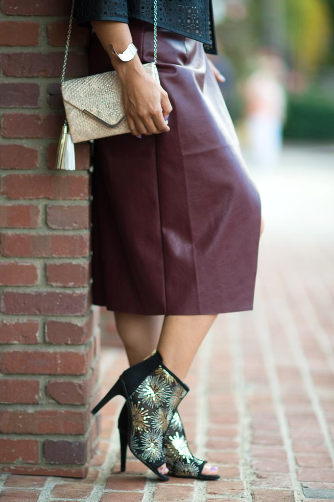 To Thine Own Style Be True | Petite Fashion and Lifestyle Blog | Burgundy: A New Winter Favorite