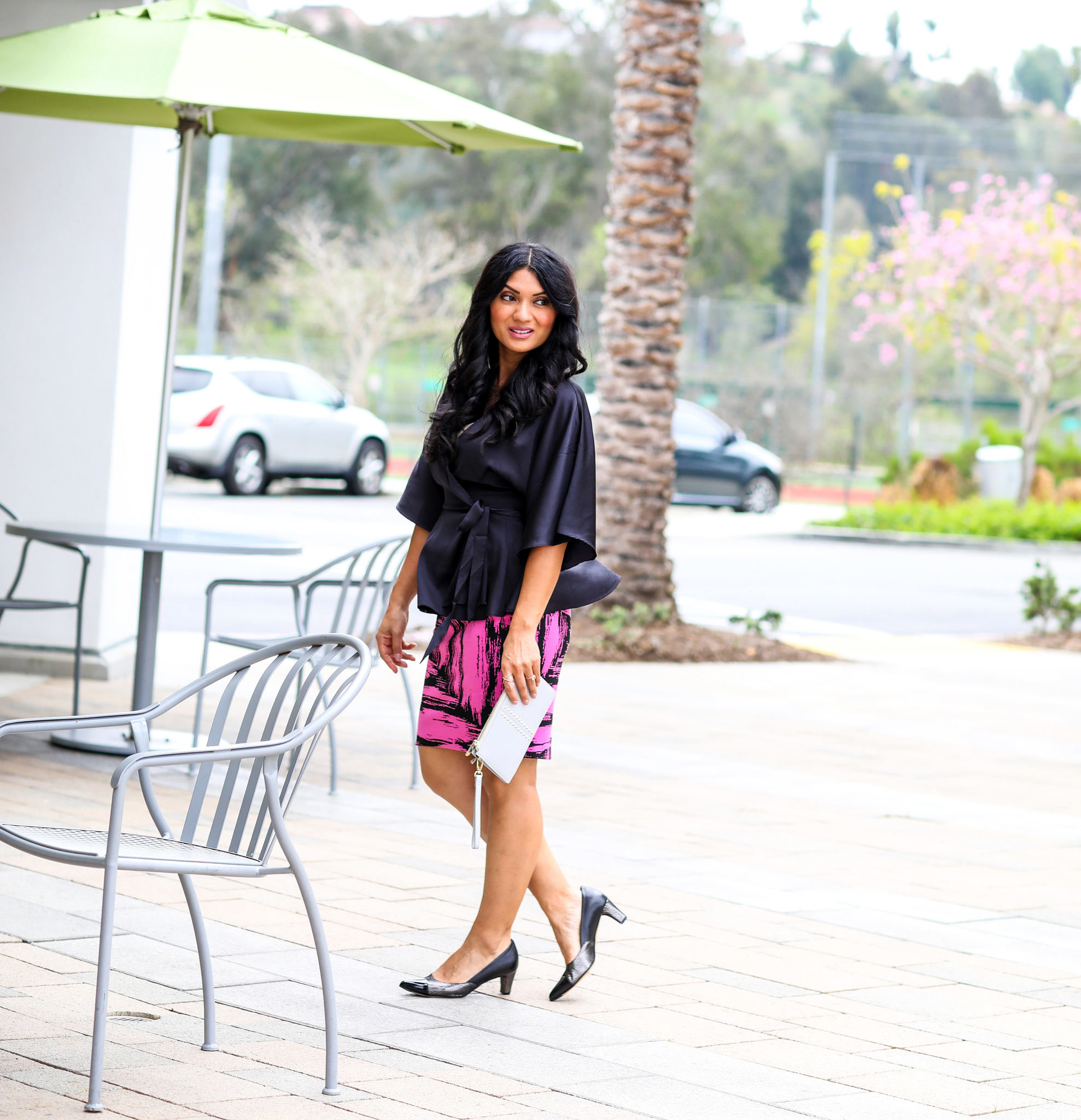 Curious if shoes are worth investing in? Orange County Style Blogger Debbie Savage is sharing her thoughts as to if you should be investing in shoes or not!