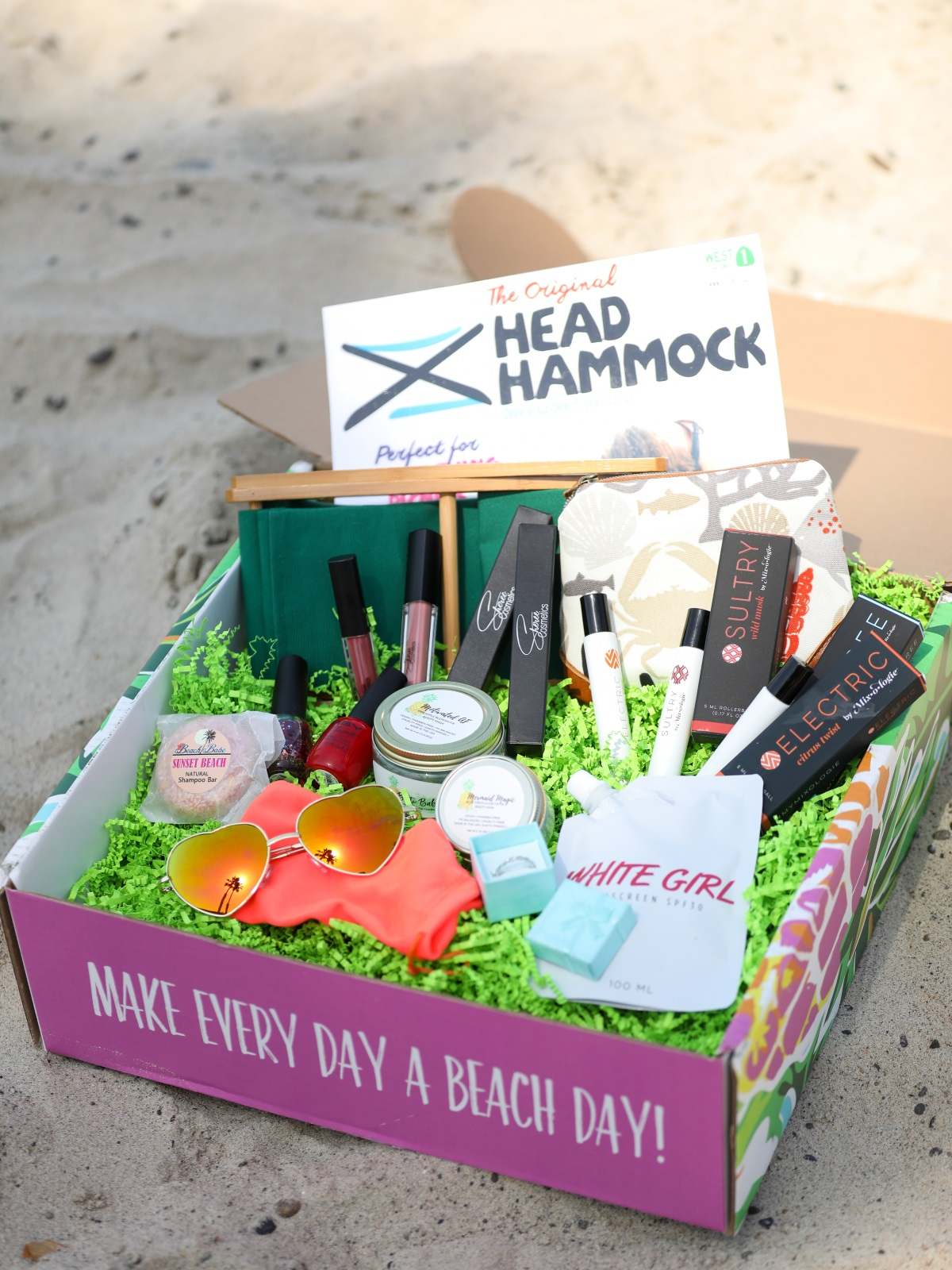 Make Everyday A Beach Day | Beach Box Monthly Subscription Box | Orange County Fashion and Lifestyle Blog