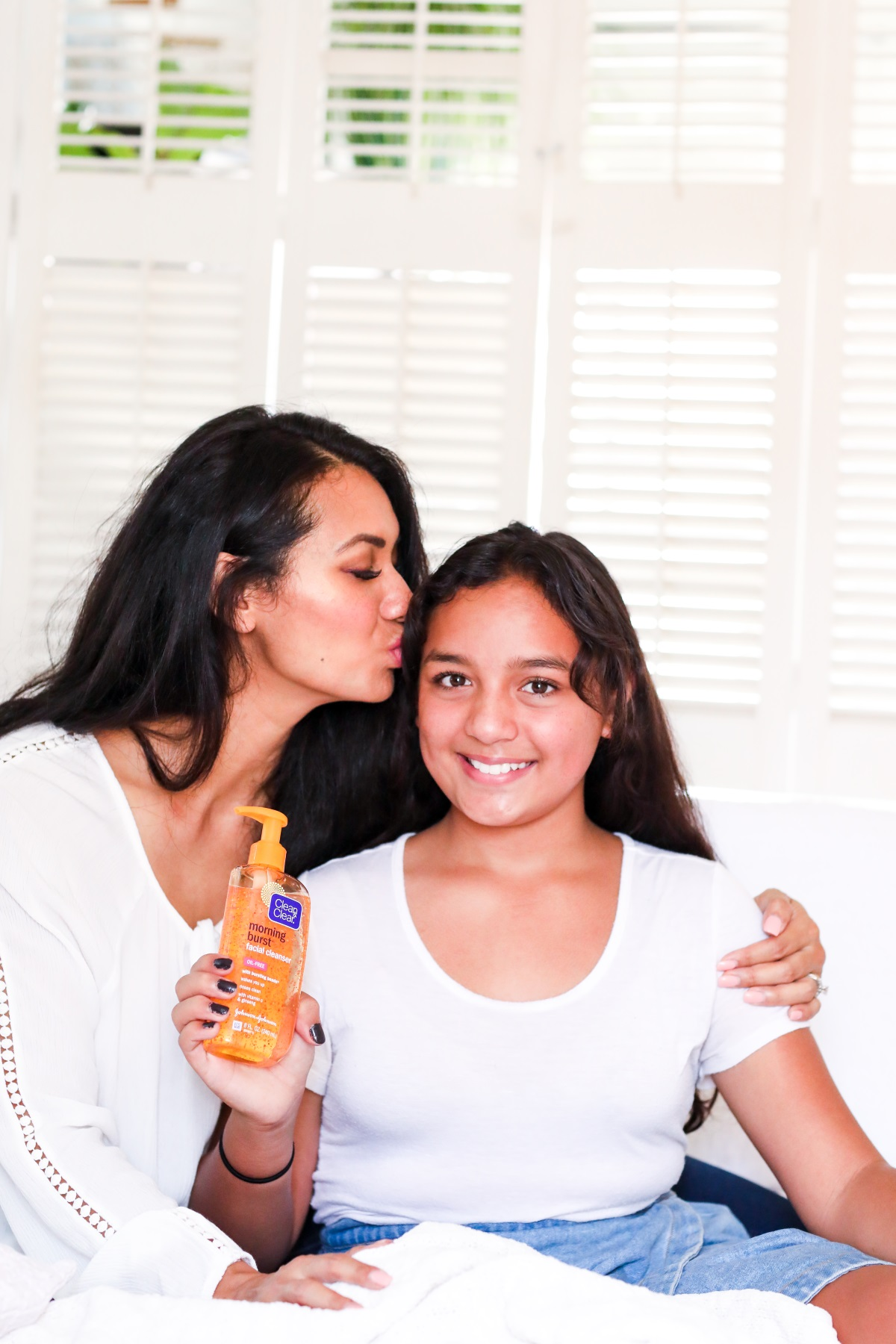 Tween & Teen Skin Care Tips | Clean & Clear Morning Burst Cleanser with Debbie Savage Orange County Lifestyle Blogger To Thine Own Style Be True