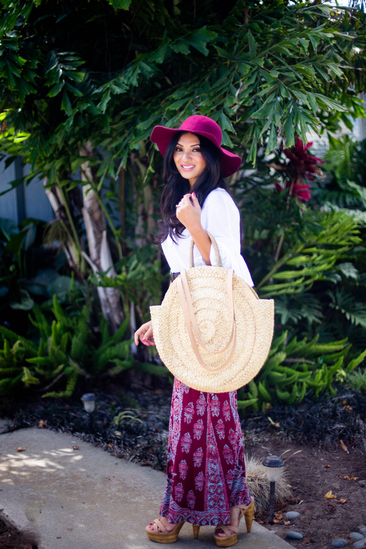 Curious how to rock the boho chic trend like a pro? Orange County Blogger Debbie Savage is sharing her favorite elements of boho chic and how to style the trend.
