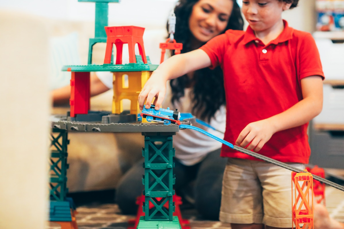 SAVE this post ASAP! Orange County Lifestyle Blogger Debbie Savage is sharing her top gift giving ideas for this holiday season featuring Thomas & Friends.