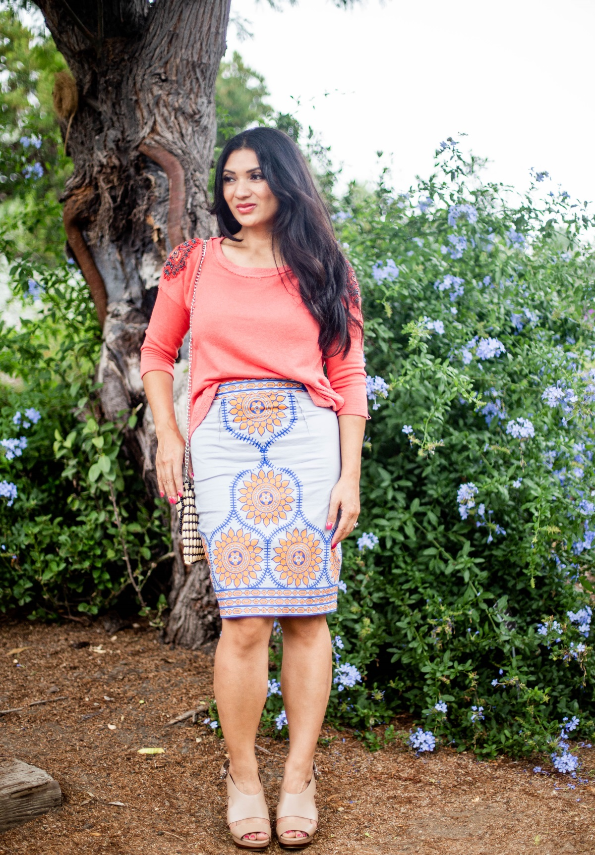 Curious how to style a fall trend? Orange County Blogger Debbie Savage is sharing her favorite fall trend- Tribal Print and why you should try it ASAP!