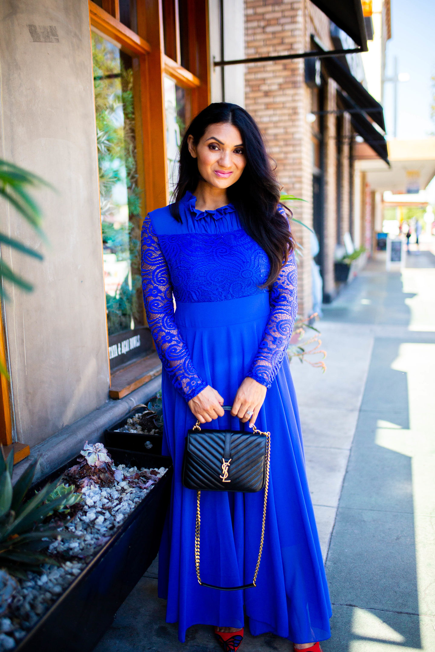 Looking to add color to your wardrobe? See how Orange County Blogger Debbie Savage is incorporating cobalt blue into her wardrobe this season with ease!