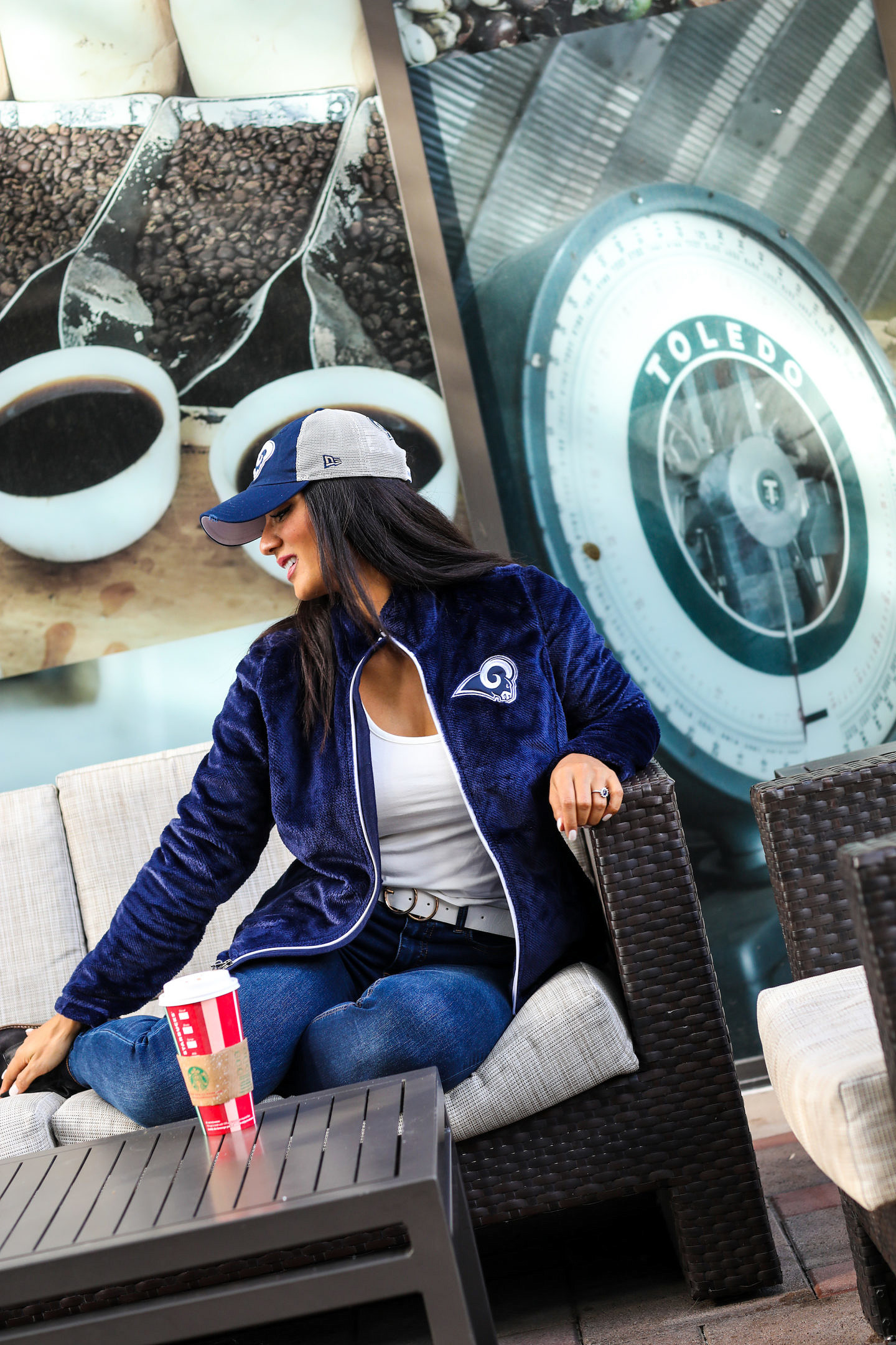 Bookmark this post ASAP if you know someone who is a MAJOR football lover. Orange County Blogger Debbie Savage is sharing her top NFL Apparel pieces to give to any football lover this playoff season. Click to see them HERE!
