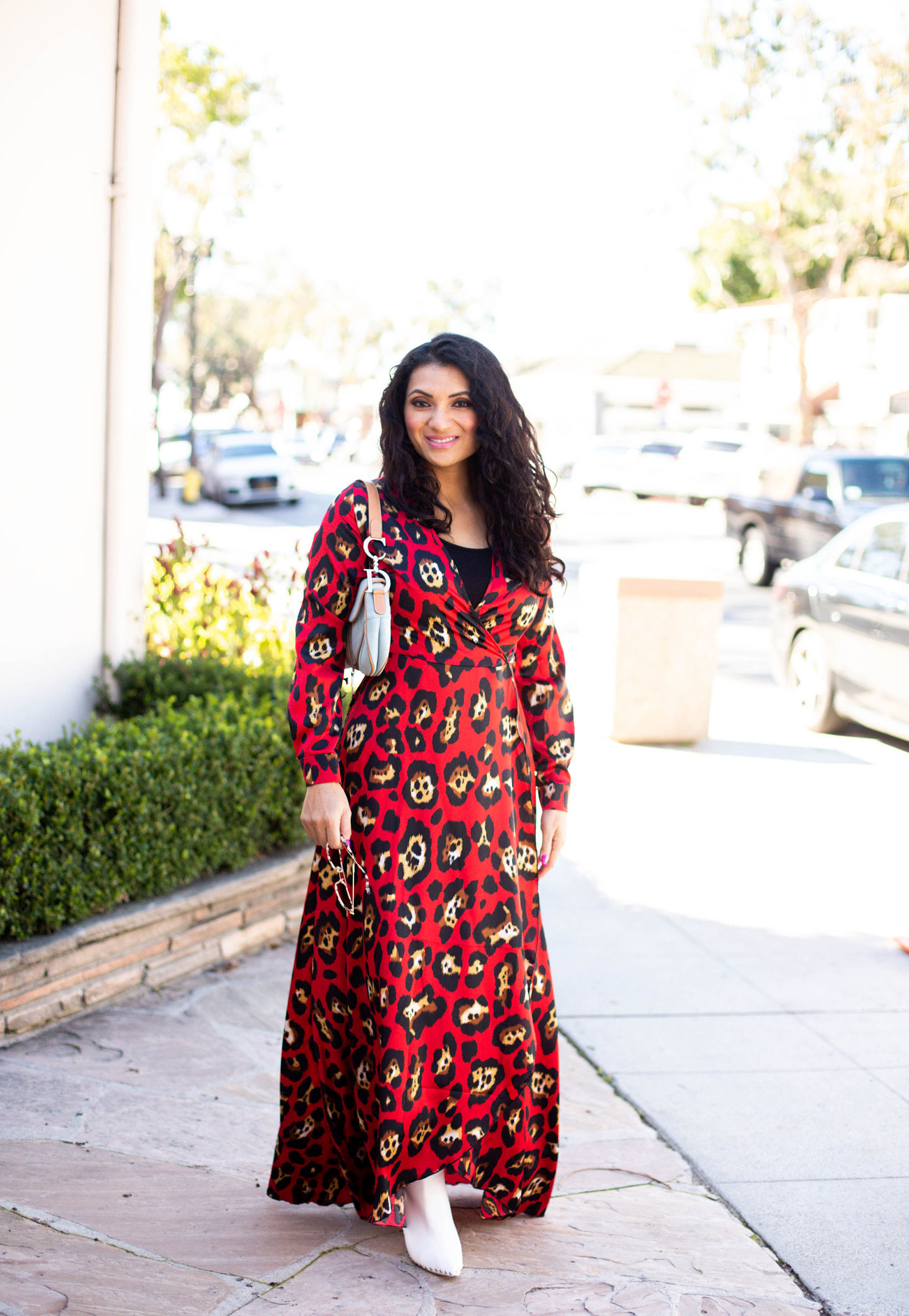 Curious how to style leopard print this year? Orange County Blogger Debbie Savage is sharing how to style leopard print this year like a pro!
