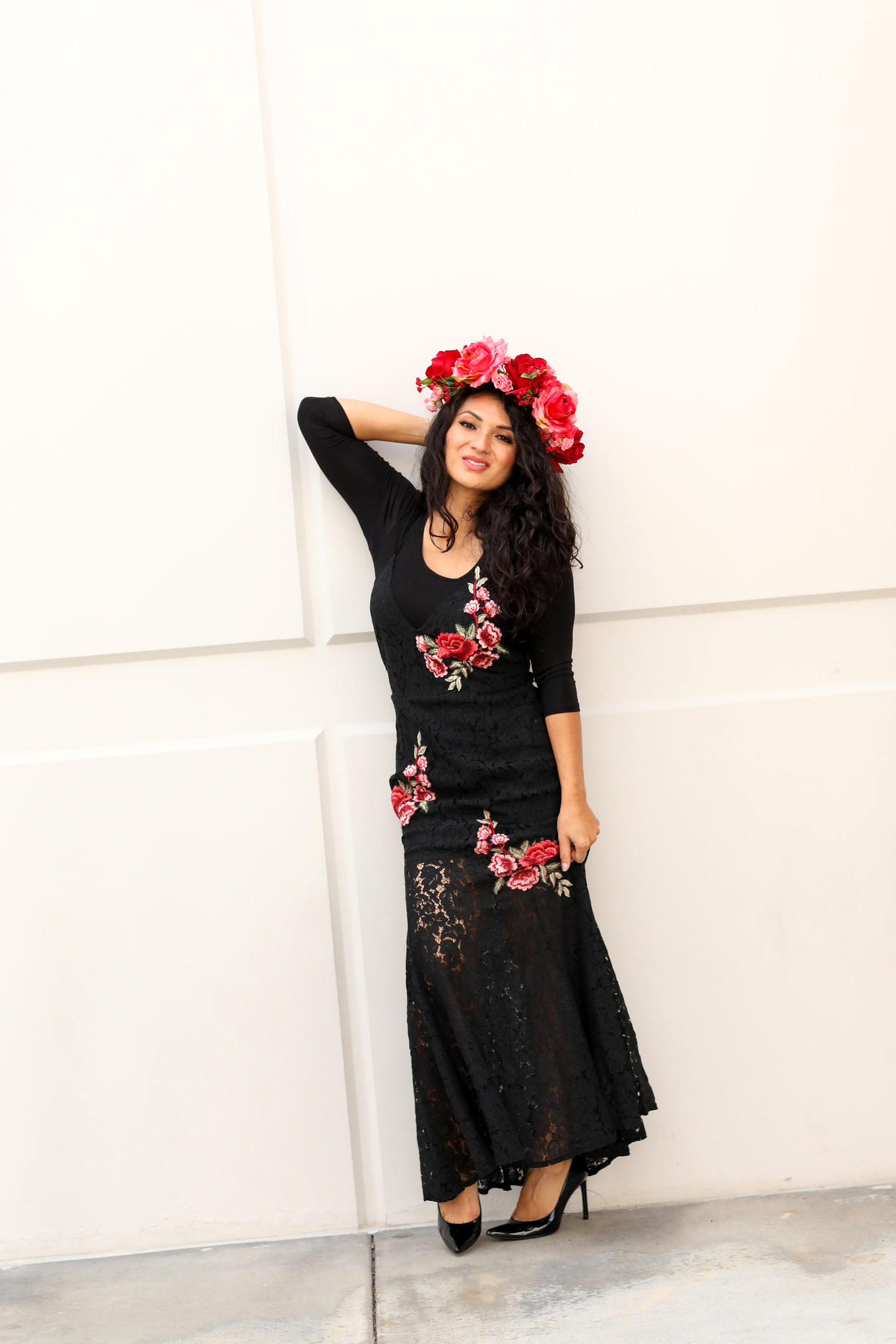 Curious how to wear a Flamenco Dance Dress? Orange County Blogger Debbie Savage is sharing her favorite way to style a Flamenco Dance Dress here!