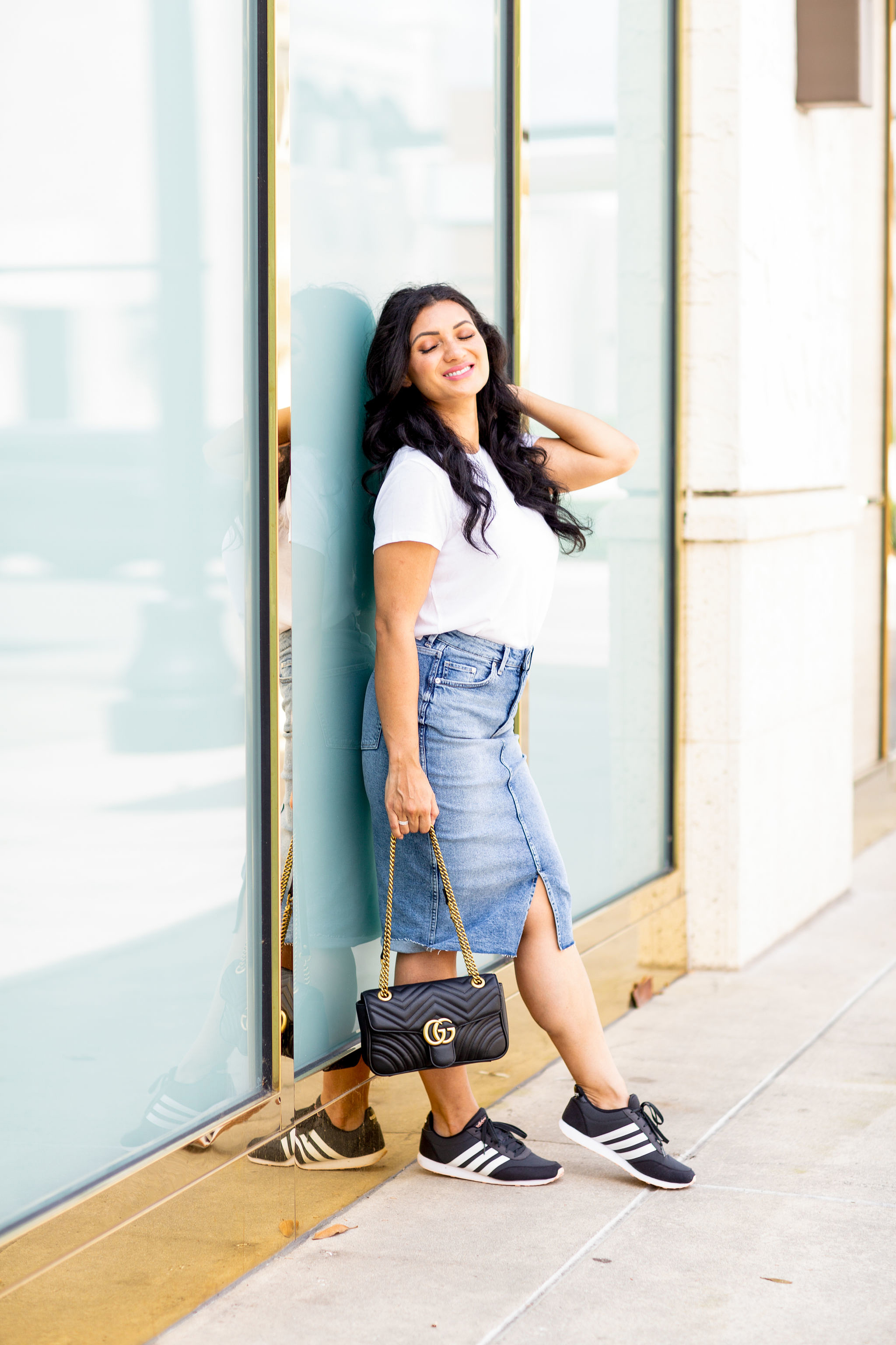 The perfect everyday outfit is just a click away. See what Orange County Blogger Debbie Savage is loving with the perfect everyday outfit here!