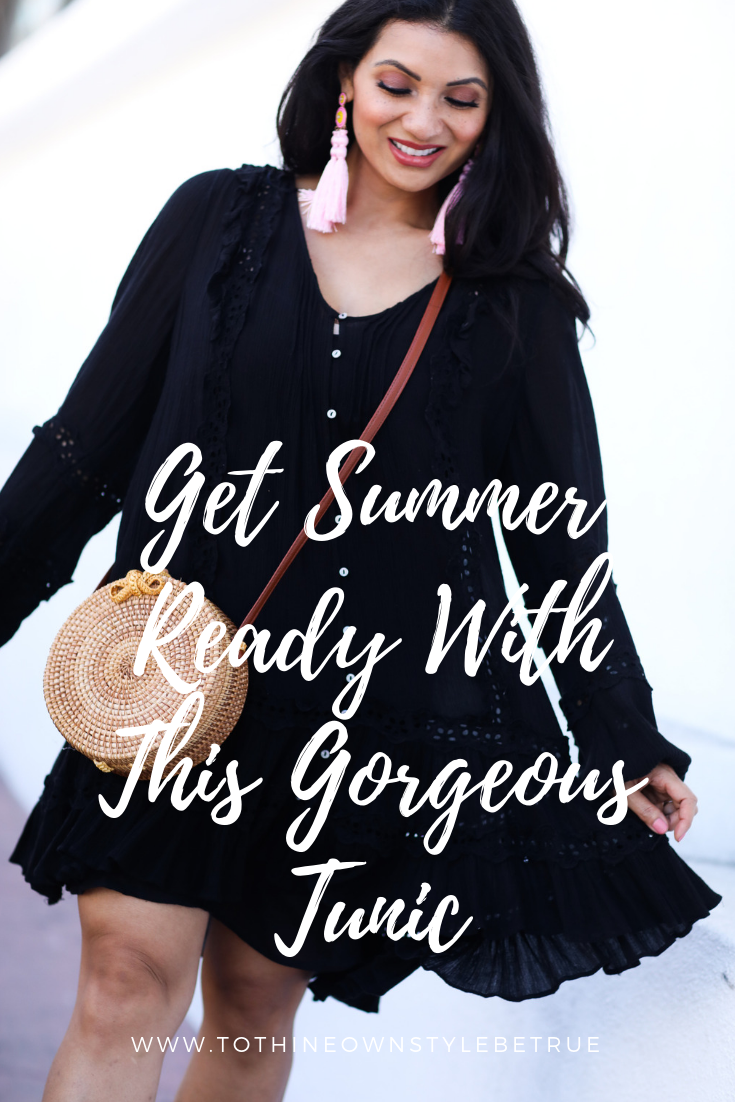 Curious how to style a summer tunic dress? Click here as Orange County Blogger Debbie Savage is sharing her favorite way to style a summer tunic dress.