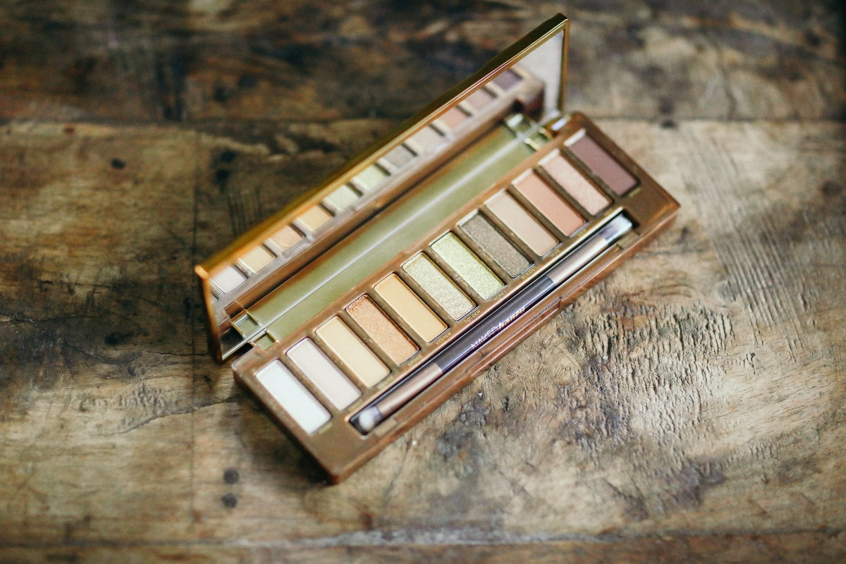The Only Eyeshadow Palette Urban Decay Naked Honey Palette: You Need for Fall and More