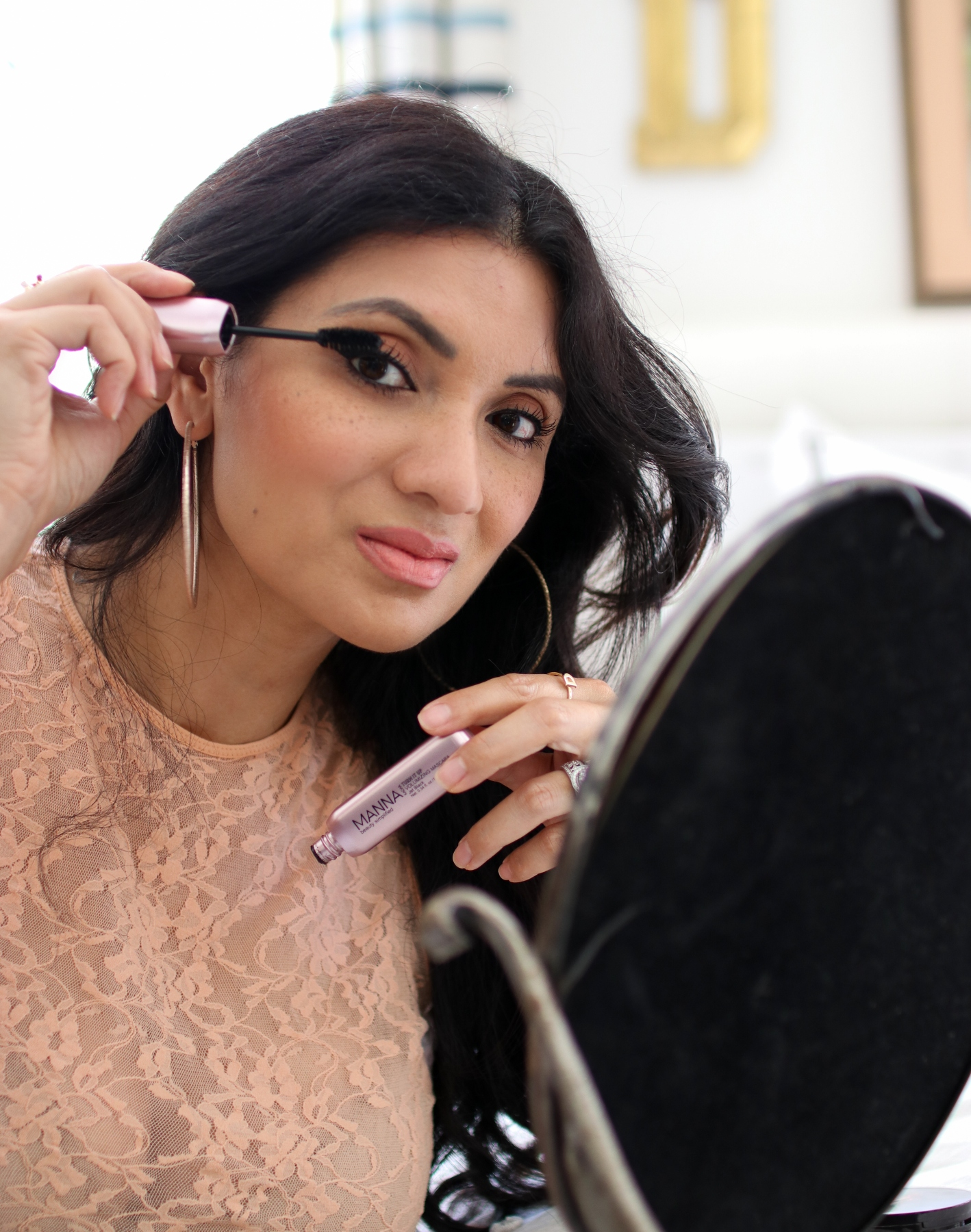 Manna Kadar Cosmetics - Turn It Up Volumizing Mascara - Debbie Savage
