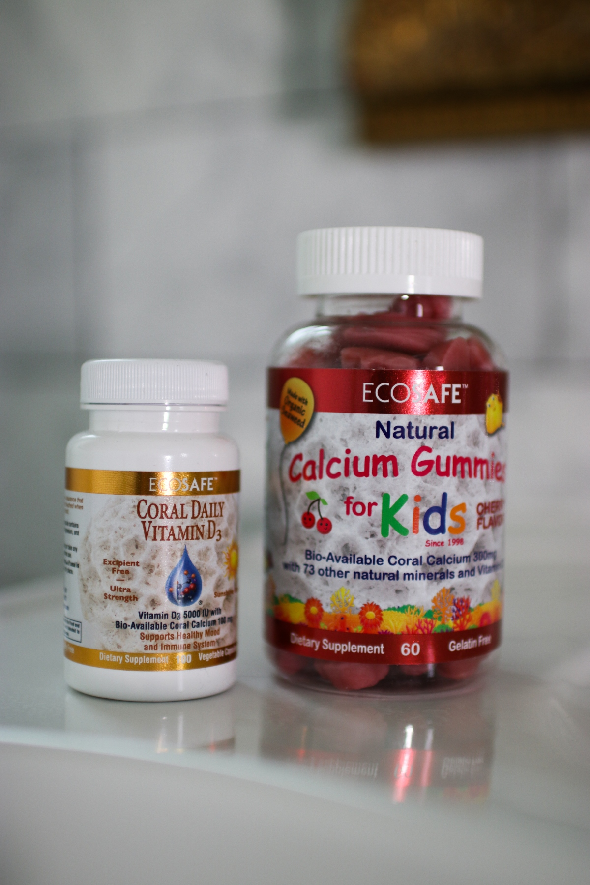 Coral Daily Vitamin D3 Vitamins and ECOSAFE Natural Calcium Gummies for Kids