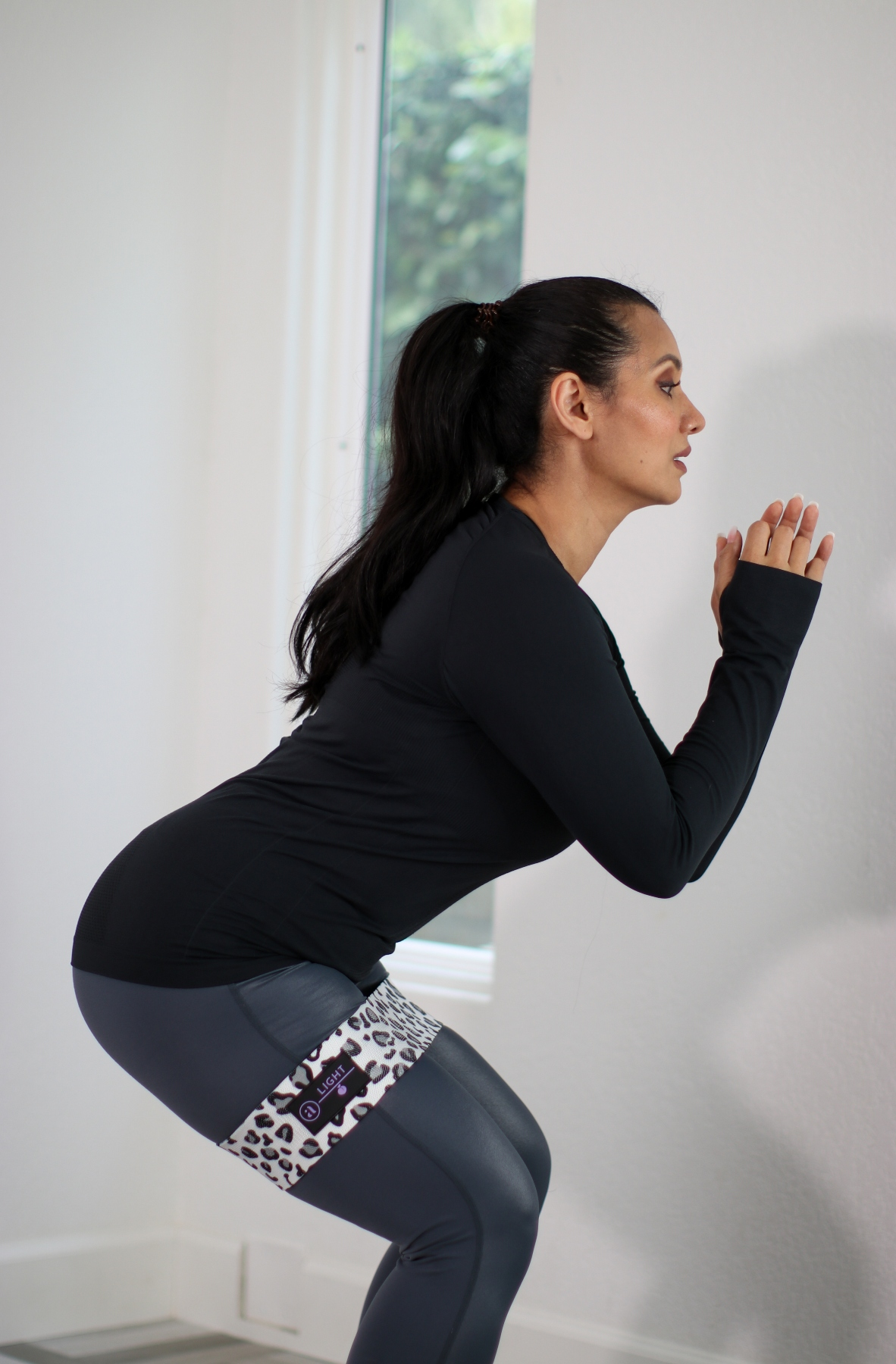 AJNA Wellbeing Booty Resistance Band _ Debbie Savage Asian American Fashion & Beauty Blogger