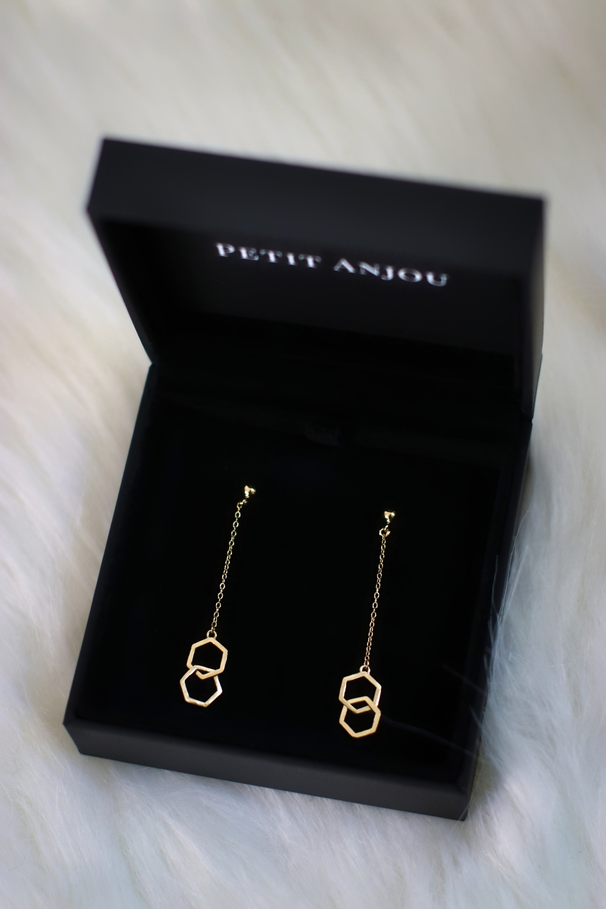 Petit Anjou Aria Jewelry Collection